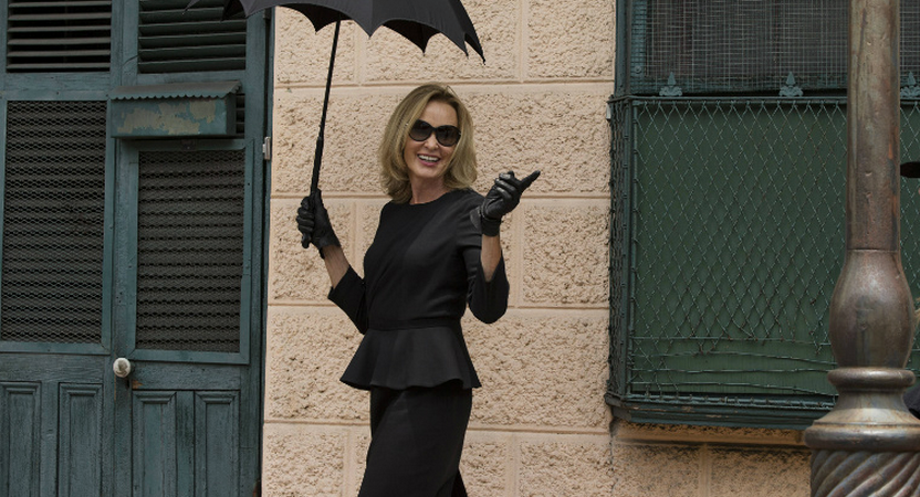 17 Perfect Truths About Being A Woman Who Only Wears Black