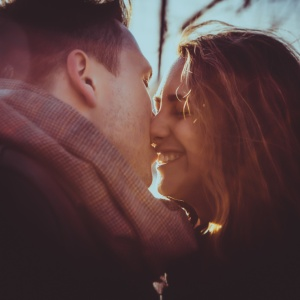 14 People Share The Story Of Their First Kiss