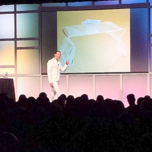 At HOW Design Live In Chicago: Karim Rashid, Creative Empowerment, And 'Digital Freedom'