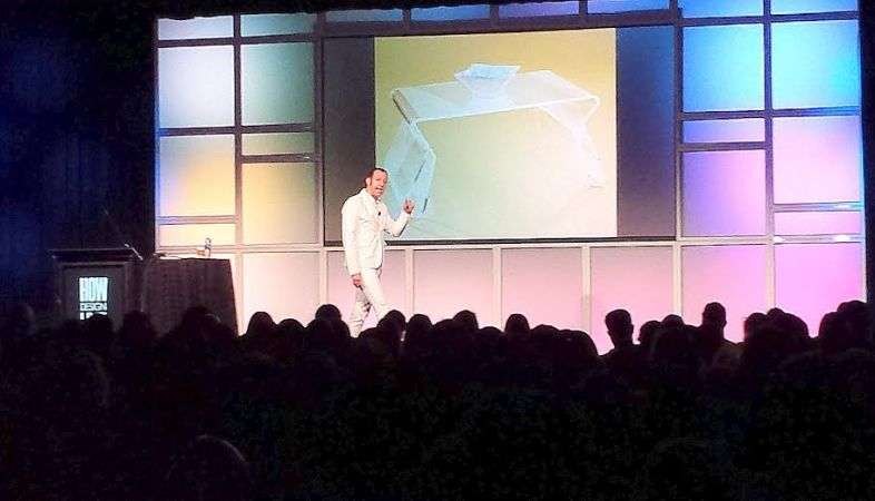 Designer Karim Rashid gives his keynote address to a packed audience at HOW Design Live in Chicago. Image: Porter Anderson