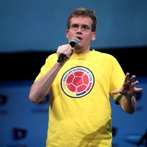 Tumblr Users Accused John Green Of Sexually Abusing Children. Here Is His Response.
