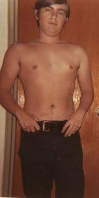 rg 18yo shirtless