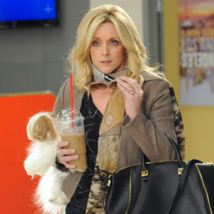 28 Signs You're The Jenna Maroney Of Your Friend Group