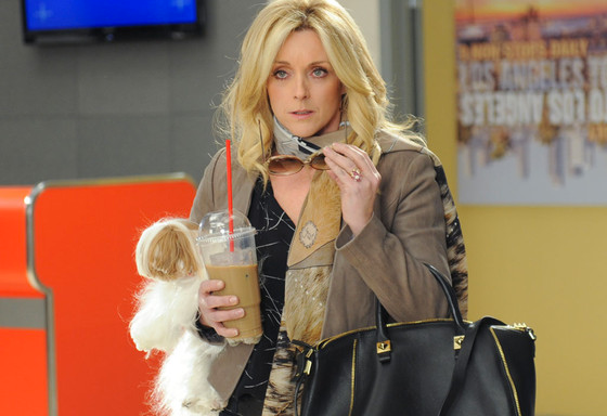28 Signs You're The Jenna Maroney Of Your FriendGroup