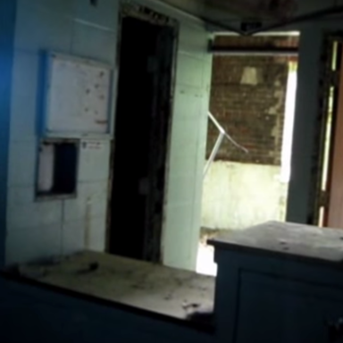 Paranormal Investigators Discover A Homicide Victim While On A Ghost Hunt At An Abandoned Hospital
