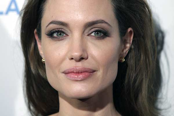 Angelina Jolie (Shutterstock)