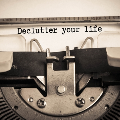The Many Stages Of Decluttering A Cluttered Home