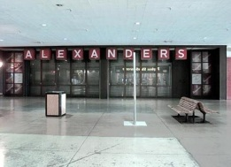 Alexander's Kings Plaza