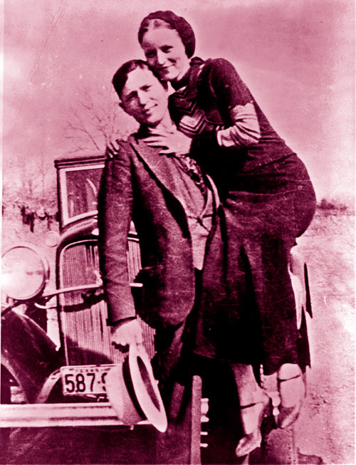 Clyde Barrow & Bonnie Parker (Wikimedia Commons)