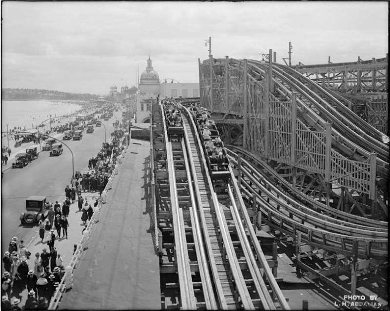 Derby Racer roller coaster, Revere Beach, MA. (Wikimedia Commons)