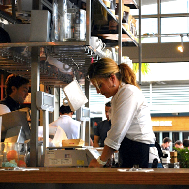 12 Reasons Why Working In The Service Industry After College Is Incredibly Worthwhile