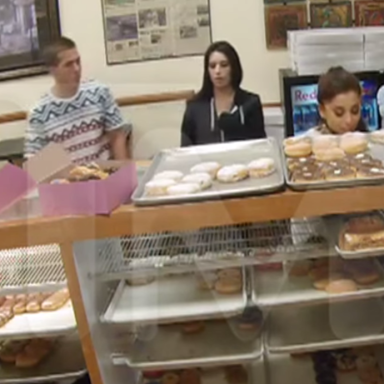 Ariana Grande Licked Some Donuts In My Hometown