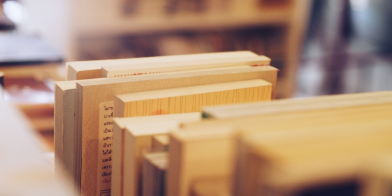 25 Thoughts Book Lovers Have While Reorganizing TheirBookshelf