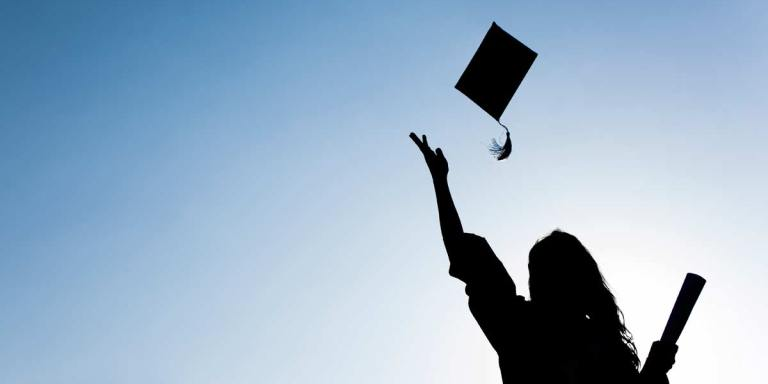 5 Things No One Told Me Would Happen After I Graduated FromCollege
