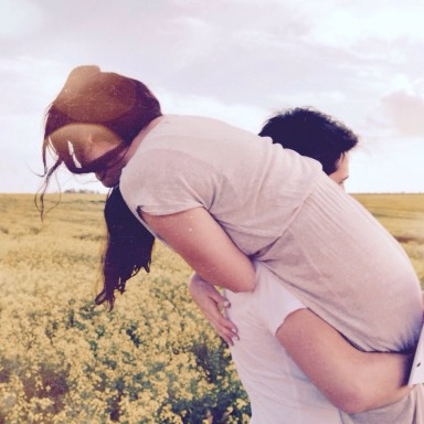 19 Signs You're One Of Those Couples That Just Can't Be Apart