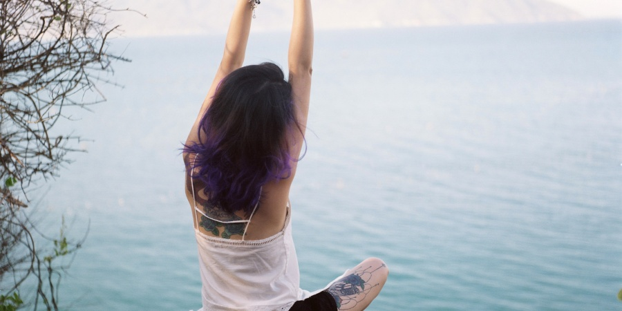 12 Things Women Who Are Truly Comfortable In Their Own Skin DoDifferently
