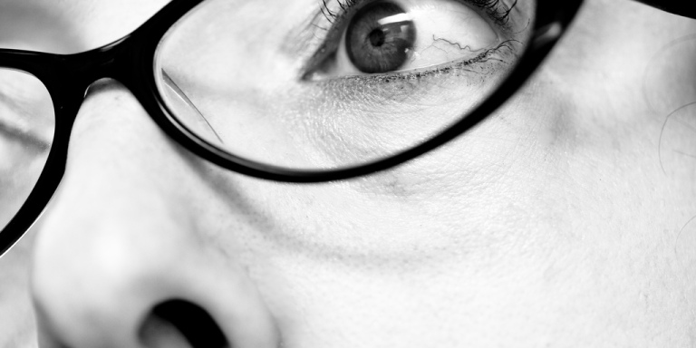 20 Weird Things That Only Girls Who Wear Glasses Can RelateTo