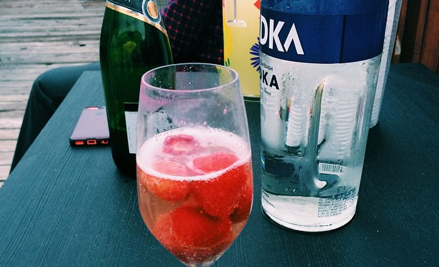 10 Moments Of Clarity You Have After AHangover