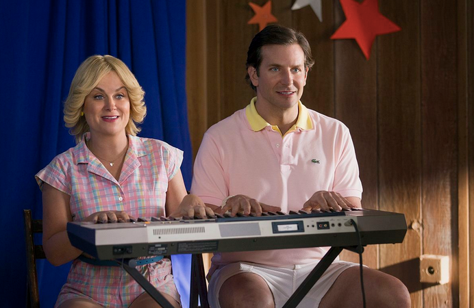 Here Is What Everybody Is Saying About The #WetHotAmericanSummer Netflix Reboot