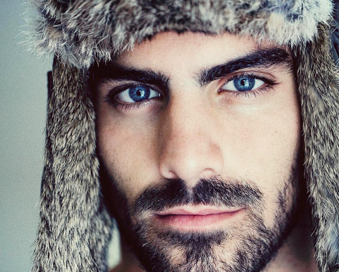 America's Next Top Model Features First Ever Deaf Contestant, Nyle DiMarco, And He IsHOT