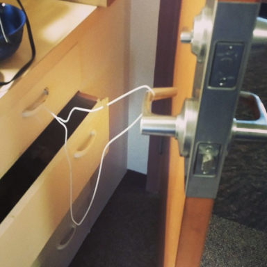 14 Incredible Dorm Room Hacks That Will Absolutely Change Everything