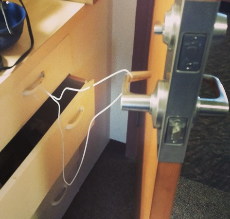 14 Incredible Dorm Room Hacks That Will Absolutely ChangeEverything