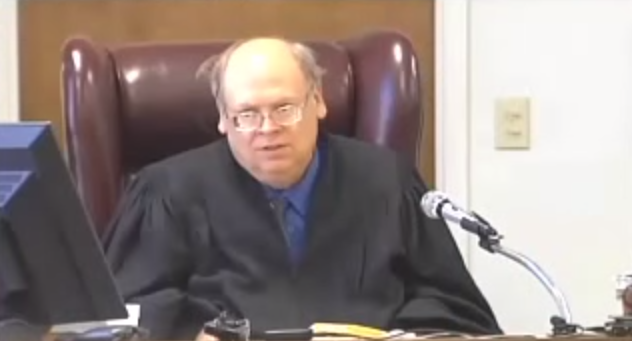 Texas Judge Tells Man He Can Marry His Girlfriend Or Go ToJail
