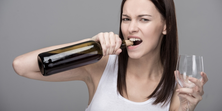 The 12 Steps To Opening A Wine Bottle With No WineOpener