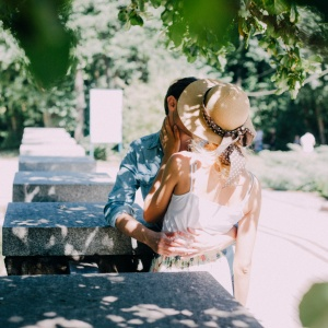 12 Simple Things Couples Can Do To Fall In Love All Over Again
