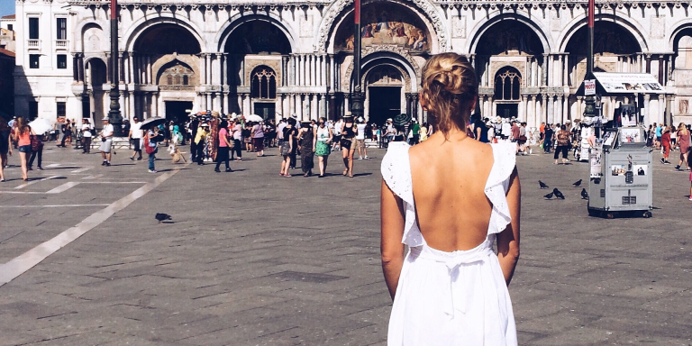 32 People Talk About Why Guys Never Get The Hint When A Woman Flirts WithThem
