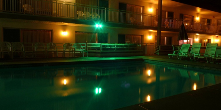 There's A Motel By The Pennsylvania – New York Border With A Haunted Pool Where A Bride CommittedSuicide