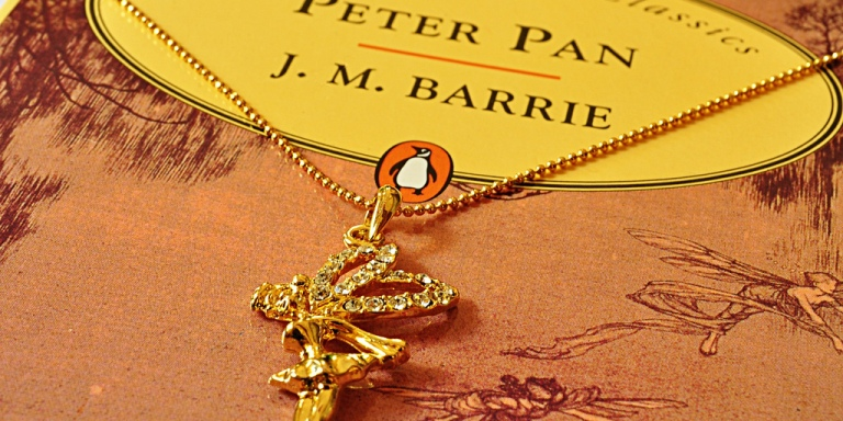 Painfully Happy Thoughts: A Peter PanFanfiction