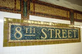 8th street subway sign