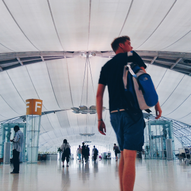 From Someone Who Travels A Lot: 42 Things I Wish Everyone Knew About Stress And Being Rude While Flying