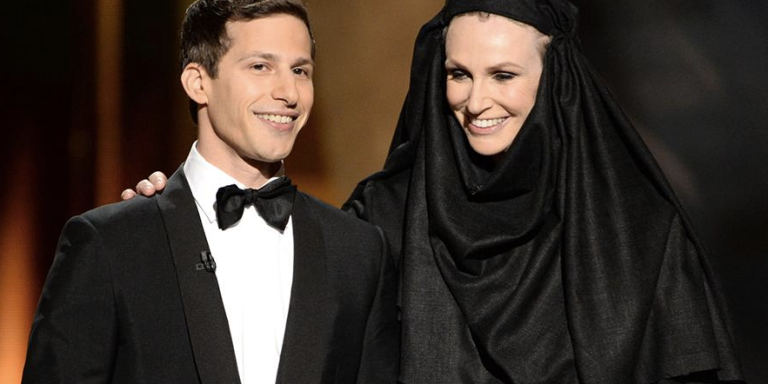 23 Of The Best Behind-The-Scenes Photos From The 2015Emmys
