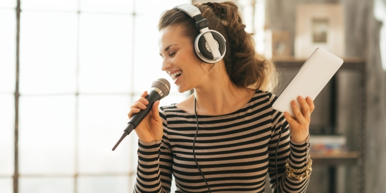 13 Things That Happen When You Love Music But Have Zero MusicalTalent