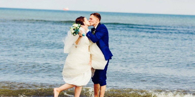 10 Essential Tips For A Happier, StrongerMarriage