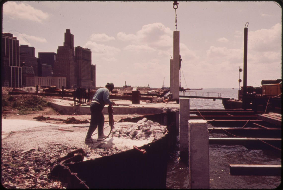 CONSTRUCTION BEGINS ON THE BATTERY PARK DEVELOPMENT ACROSS FROM THE WORLD TRADE BUILDINGS ON THE HUDSON RIVER / Blanche, Wil, Photographer