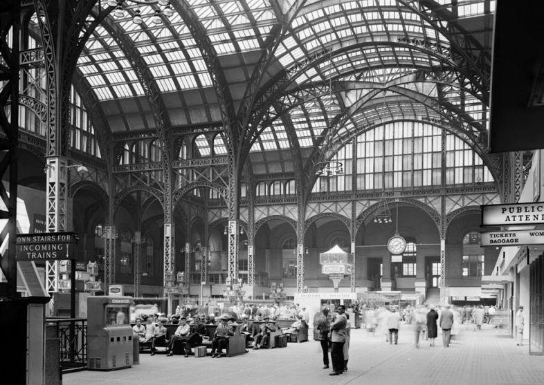 Pennsylvania Station (New York City), Main Concourse interior, 1962