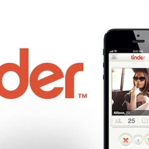 10 Dating Apps Ranked From Least To Best For Your Swiping Pleasure