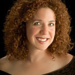 Lynne Meredith Golodner