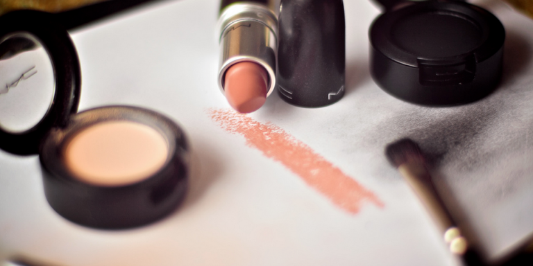 6 MAC Products Every Girl Needs ForHalloween