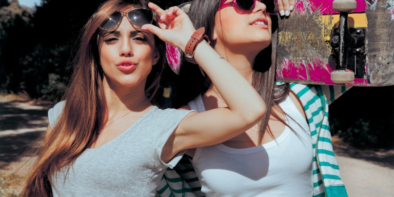 18 Signs Your BFF Is Basically Your High SchoolSweetheart