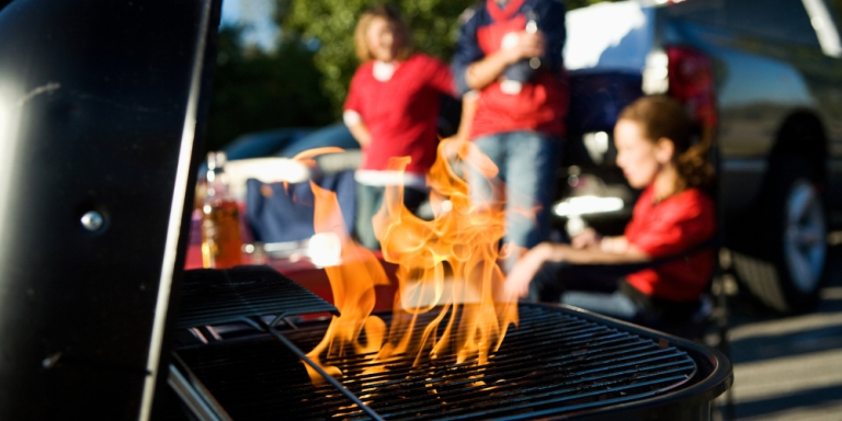 5 Ways To Tailgate Like An Adult (OrTry)