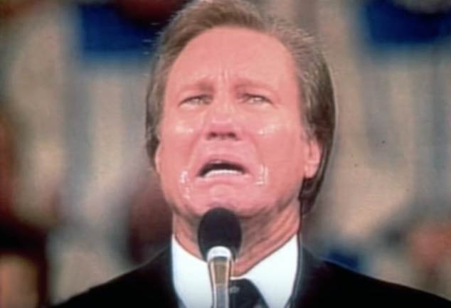 Jimmy Swaggart begs God for forgiveness. (YouTube)