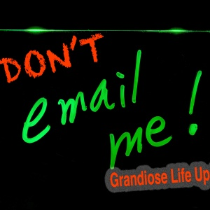 Dear People Who Send Long Emails About Their Life: No One Cares