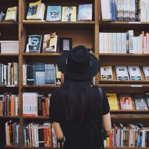 6 Reasons Why Reading Is The F*cking Best