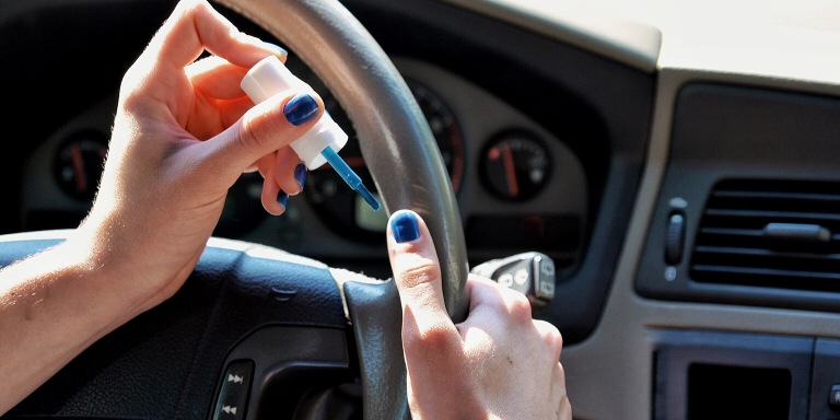 5 Types Of Drivers Who Get On Everybody's Nerves