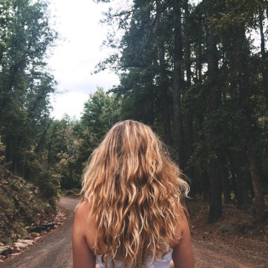 6 Ways A Woman's Life Is Changed Forever When She Travels Alone