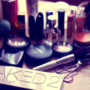 6 Make-Up Must-Haves Every Woman Needs To Know About